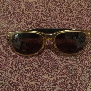Other - Ray-ban yellow wayfarers